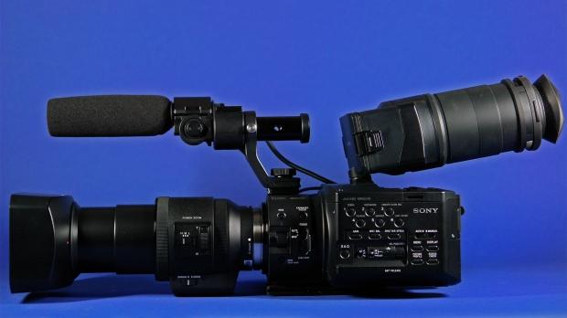 SONY FS100  001